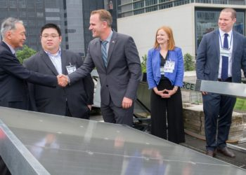 From left to right: ADB Energy Sector Group Chief Mr. Yongping Zhai, Green Heat Director Mr. Glenn Tong, ZMW Founder and CEO Mr. Cody Friesen, ZMW Head of Marketing and Communications Ms. Kaitlyn Fitzgerald, and ZMW Executive Vice President Mr. Robert Bartrop during the launch of the SOURCE Hydropanels at ADB headquarters in Manila, Philippines.