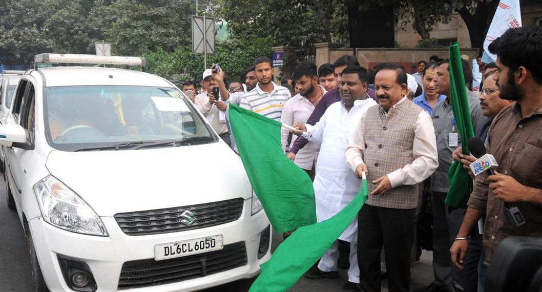 The Union Minister for Science & Technology, Earth Sciences and Environment, Forest & Climate Change, Dr. Harsh Vardhan at the launch of the Delhi Clean Air Campaign, in New Delhi on November 01, 2018.