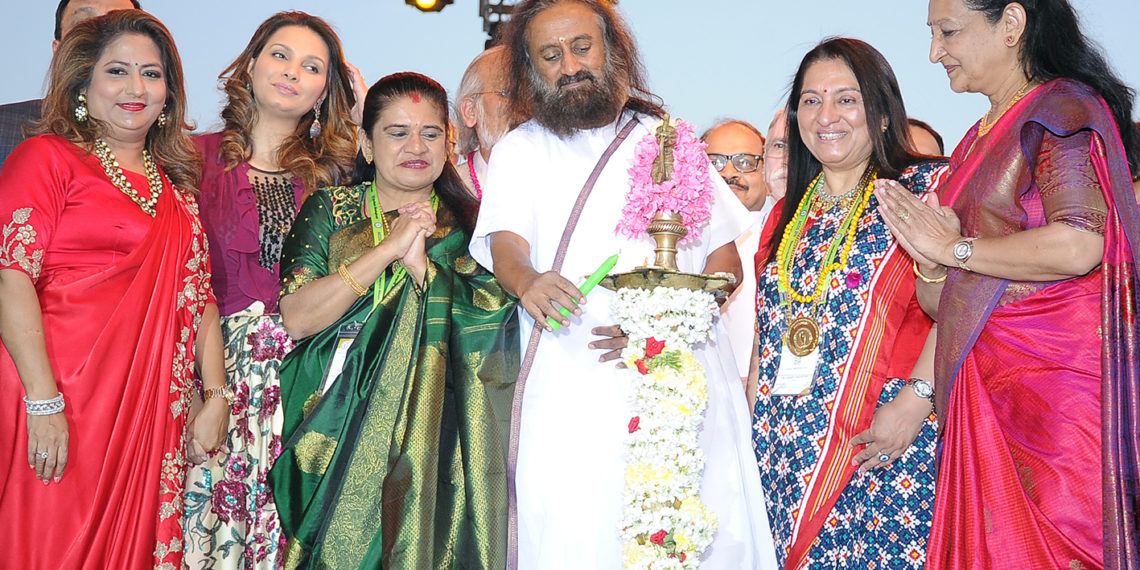 Spiritual guru Sri Sri Ravishankar officially inaugurated the 62nd All India Congress of Obstetrics and Gynaecology at a function in Palace Grounds, Bengaluru on Tuesday evening (January 9, 2019). With him are FOGSI (Federation of Obstetric and Gynaecological Societies of India) president Dr Nanditha Palshetkar, AICOG 2019 organising committee chairperson Dr Hema Divakar and former Miss World 1997 and actress Diana Hayden.