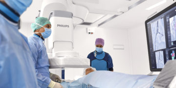 Azurion with FlexArm sets a new standard for patient imaging and positioning flexibility for image-guided procedures.