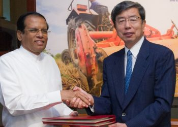 Sri Lanka's President Mr. Maithripala Sirisena (left) and ADB President Mr. Takehiko Nakao (right) after signing three loan agreements totaling $455 million at ADB headquarters.