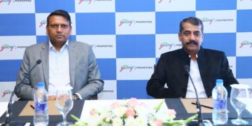 L- R: Uday Bhaskar, Business Head South, Godrej Properties Limited, A. R. Shivakumar- Bangalore's Waterman at Godrej Properties press meet in Bangalore today..