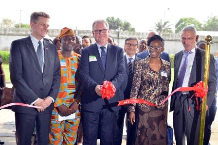 Dr. Dirk Mampe, Vice President Business Management Personal Care Solutions Europe, BASF; Mr. Lekan Ogunbowale, Director of Industry, Lagos State; Dr. Stefan Traumann, German Consul General; Mr. Donato Sudati, Head of Sales, Personal Care Europe, Emerging Markets, BASF; Mrs. Ijeoma Nwankwo, Director, Drug Evaluation & Research, NAFDAC; Dr. Jean-Marc Ricca, Managing Director, BASF West Africa. *NAFDAC - National Agency for Food and Drug Administration and Control