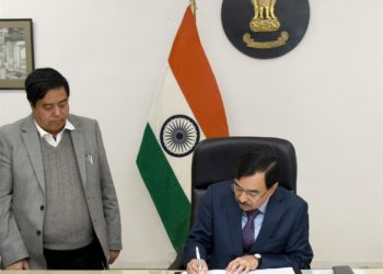 Sushil Chandra taking charge as the New Election Commissioner of India, in New Delhi on February 15, 2019.
