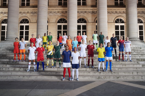 28 of the world's top footballers joined Nike (NKE: NYSE) in Paris to unveil 14 National Team Collections. From left to right: Wang Shuang and Wu Haiyan (China); Sophie Schmidt and Janine Beckie (Canada); Alex Morgan and Megan Rapinoe (USA); Thembi Kgatlana and Janine Van Wyk (South Africa); Sam Kerr and Ellie Carpenter (Australia); María José Rojas and Karen Araya (Chile); Marie-Antoinette Katoto and Grace Geyoro (France); Lieke Martens and Danielle van de Donk (The Netherlands); Selgi Jang and Sohyun Cho (South Korea); Steph Houghton and Toni Duggan (England); Asisat Oshoala and Rasheedat Ajibade (Nigeria); Adriana Silva and Andressa Alves (Brasil); Annalie Longo and Hannah Wilkinson (New Zealand); and Caroline Graham Hansen and Frida Maanum (Norway). Photo Credit: Elaine Constantine