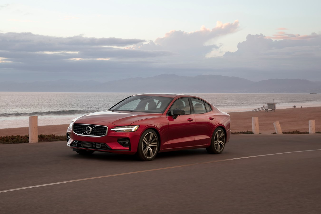 Volvo Cars to impose 180 kph speed limit on all cars to